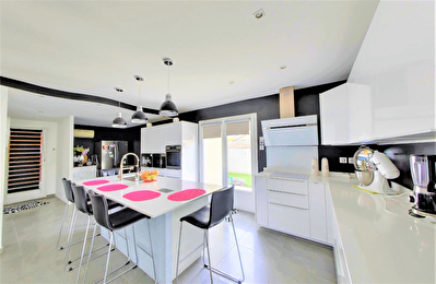 Colomiers Belle Villa contemporaine -  8 pièces- 185m²